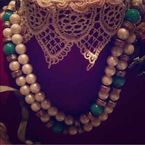 RARE STRAND OF JADE AND PEARLS VINTAGE